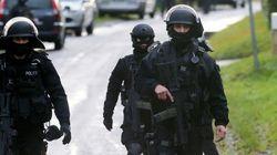 Francia continúa la operación para encontrar a los