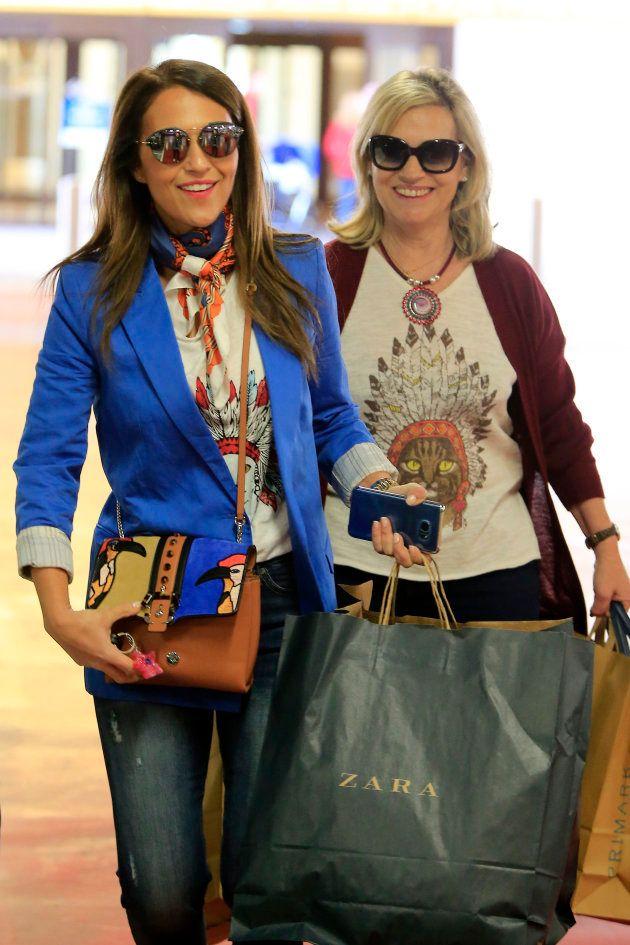 La actriz Paula Echevarria y su madre Elena Colodrón en abril de