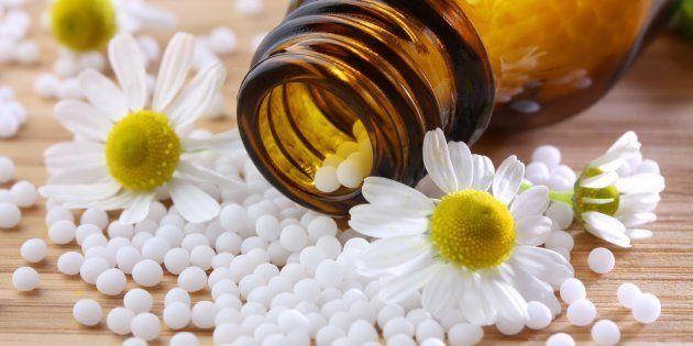 El Colegio Oficial de Farmacéuticos de Madrid indigna por acoger la III Jornada Nacional de Homeopatía...