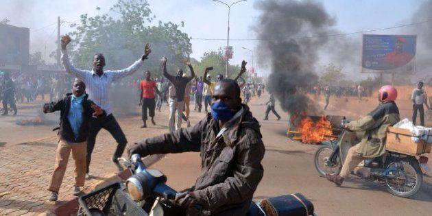 Quema de iglesias en Níger en protesta por las viñetas de