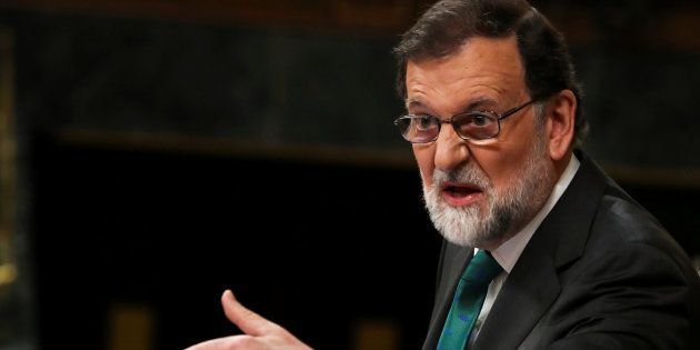 Rajoy dice que el PSOE manipula la sentencia de la