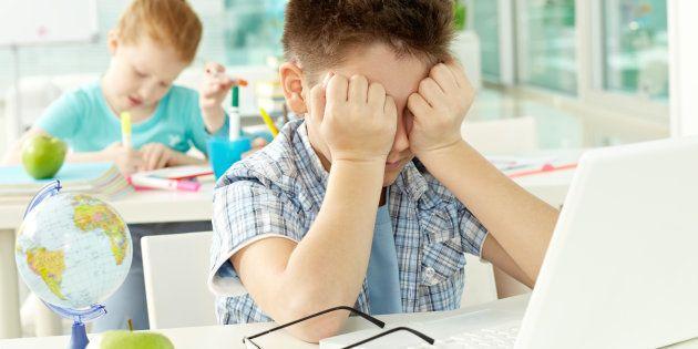 Cómo nosotros, maestros, debemos prestar atención a la fobia escolar de nuestros