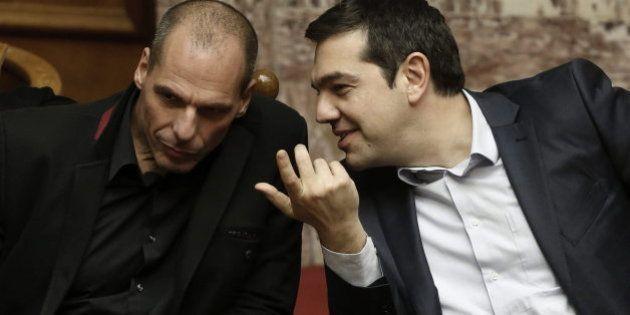 Todos pendientes de la lista de reformas que Grecia debe presentar a