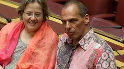 Esta camisa de Varoufakis está levantando pasiones