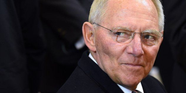 Schäuble defiende ahora la prórroga a Grecia y el mandato del pueblo a