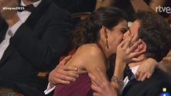 El beso de Dani Rovira y Clara Lago y otros momentazos de los Goya