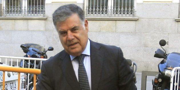 Viera se da de baja del PSOE y se pasa al Grupo