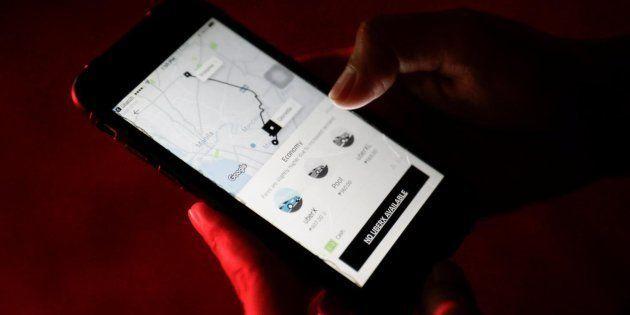 Uber dejará de rastrear a sus pasajeross tras los