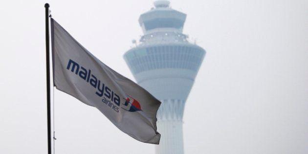Un año de la desaparición del avión malasio: las teorías
