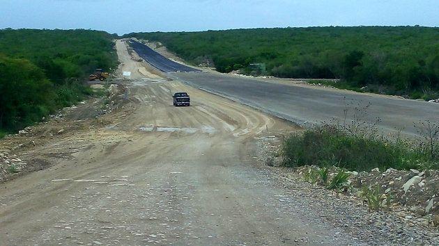 Fotografía del 19 de julio de 2017 del tramo de la carretera de Tapaulimas en el que aparecieron los...