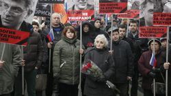 Decenas de miles protestan en Moscú por el asesinato del opositor