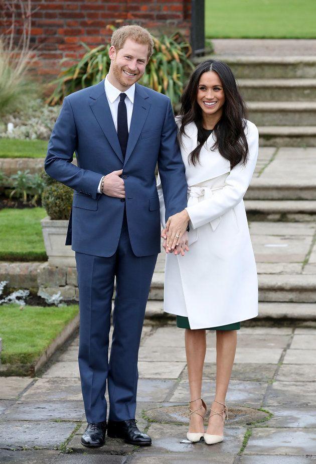 El príncipe Harry y Meghan Markle durante el anuncio del compromiso en The Sunken Gardens de Kensington
