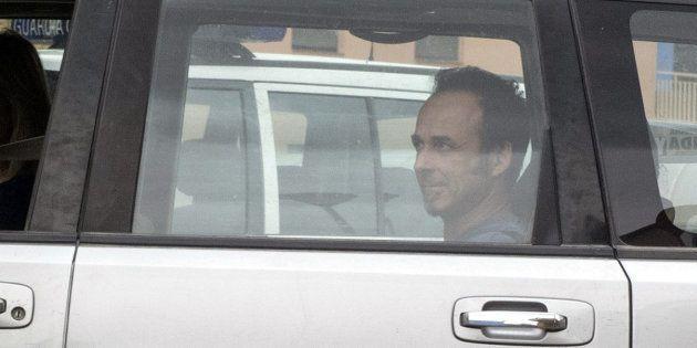 Francesco Arcuri, expareja de Juana Rivas, a su llegada a la comandancia de la Guardia Civil de Granada,...