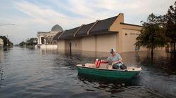 Los habitantes de Houston empiezan a recuperar lo que queda de sus hogares tras el paso de