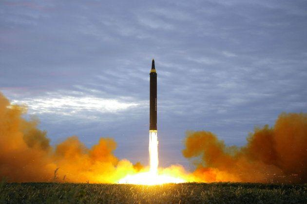 Lanzamiento de un supuesto misil balístico norcoreano, el pasado 30 de