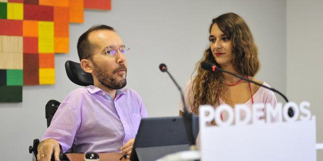 Pablo Echenique y Noelia
