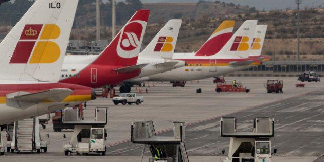Un motín en un avión frustra la deportación de un joven senegalés que llevaba cinco años en