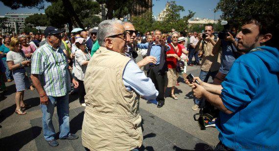 Un redactor del Huffington Post, agredido en la protesta anti