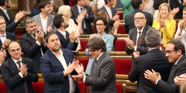 Los independentistas aprueban de madrugada la Sindicatura