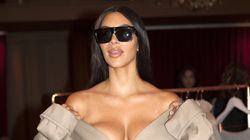 Una de las joyas robadas a Kim Kardashian, encontrada en