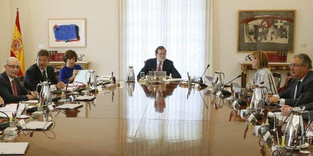 El Parlament pide investigar judicialmente a Rajoy por la 'Operación