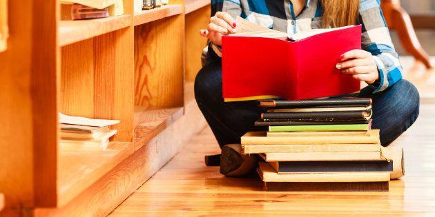 Los editores denuncian que existen 25 versiones de media del libro de texto de una misma