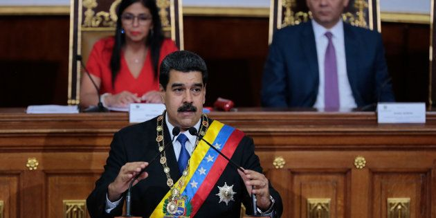 Maduro anuncia una subida del salario mínimo del