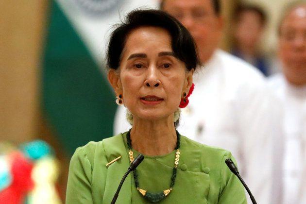Aung San Suu Kyi, consejera de Estado de Birmania, en una rueda de prensa celebrada el jueves en