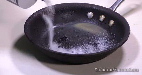 7 pequeñas tragedias domésticas que puede arreglar un puñado de sal