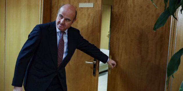 El ministro de Economía, Luis de