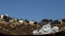 La desgarradora obra de arte realizada en la frontera entre EE UU y