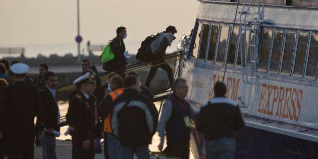 Grecia inicia el proceso de deportación de inmigrantes a