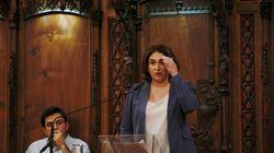Ada Colau paraliza la cesión de colegios electorales para el