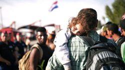 Los refugiados, más de 21.000 en tres días, llegan a Croacia a través de campos de