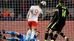 Holanda fulmina a España en un cuarto de hora
