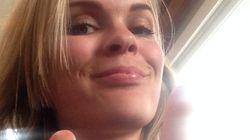 Una diputada islandesa enseña el pecho como