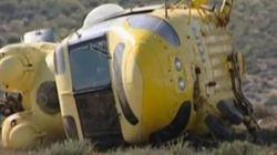 Aparece en Almería un helicóptero volcado sin tripulantes ni