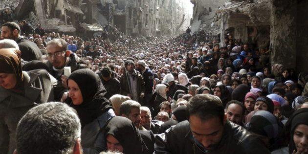 18.000 personas atrapadas por el fuego cruzado en un campo de refugiados