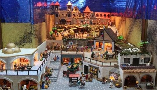 Esto sí que es montar el belén: 500 figuras de Playmobil y nueve meses de preparación