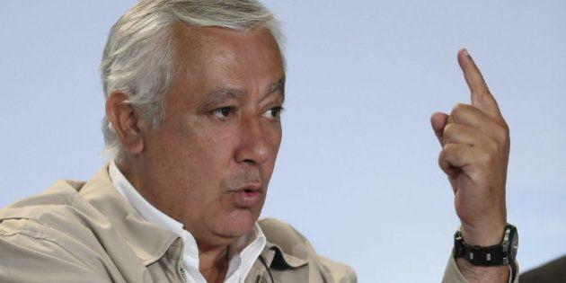 Arenas dice que el PP no pactará con PSOE, Podemos ni IU, pero sí
