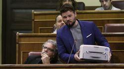 Rufián saca una impresora en el Congreso para defender el referéndum