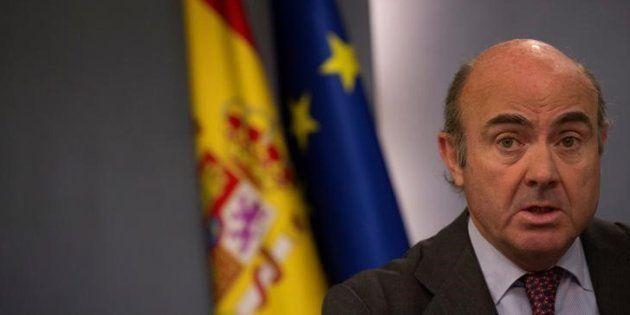 Luis de Guindos, el titular de Economía, durante un Consejo de Ministros celebrado el pasado