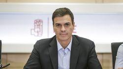 Sánchez reta a los críticos con primarias en