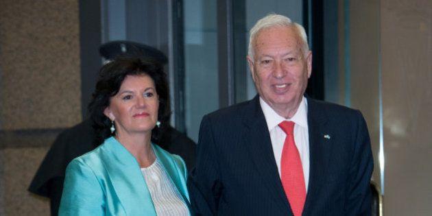 Margallo prefiere la gran coalición con el PSOE a gobernar sólo con