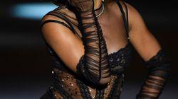 Hiba Abouk, estrella del desfile de lencería de Andrés