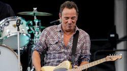 Se salta las clases para ver a Bruce Springsteen y termina cantando con