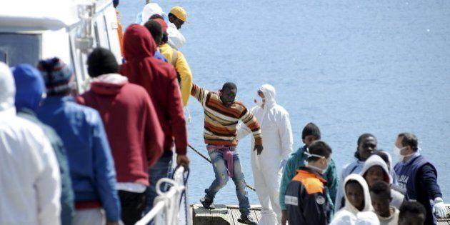 Detenidos 15 inmigrantes en Italia por arrojar a cristianos por la borda de una