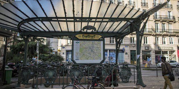 Vista de la parada de metro de Châtelet, en París, donde se ha producido la