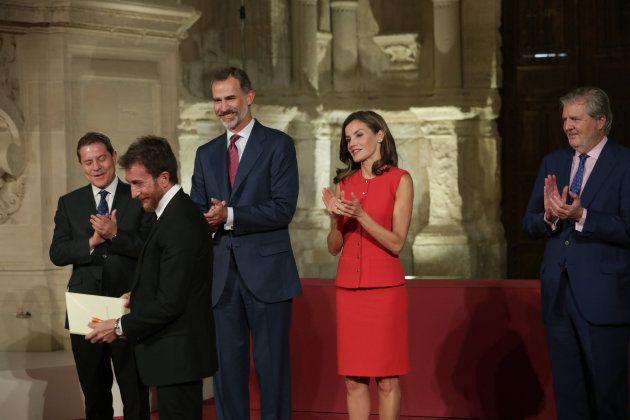 El presentador de televisión Pablo Motos, tras recibir de manos del Rey Felipe VI, el Premio Nacional...