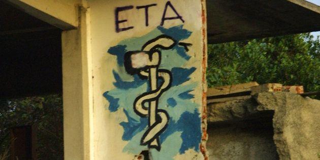 ETA asegura que ha iniciado un debate interno sobre su